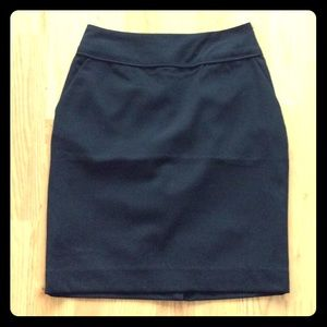 H&M short black suit skirt